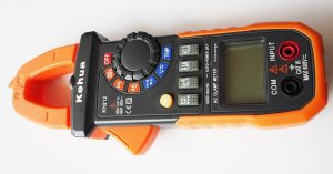 High Quality Digital Clamp Meter (KH212) with Ce Certified pictures & photos