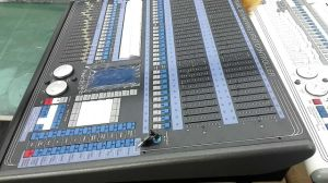 2010 DMX Avolite Pearl Stage Light Controller Nj-2010 for Stage Lighting Beam Light Moving Head Lighting pictures & photos