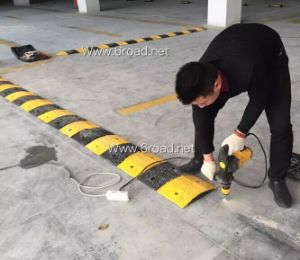 600*500*50mm Rubber Speed Bump pictures & photos