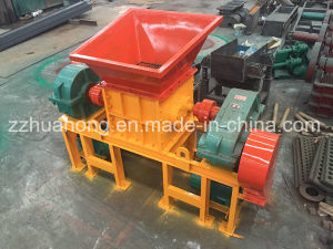 Small Tire Recycling Machine, Waste Tyre Grinding Shredder Machine with Strong Power pictures & photos