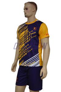 2017 Latest Design Fashion Team Soccer Uniforms Set (S023) pictures & photos