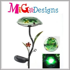 High Quality Metal Glass Butterfly Solar Garden Lights Stake pictures & photos