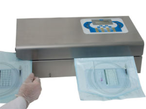 Medical Disposable Self-Sealing Sterilization Pouch pictures & photos