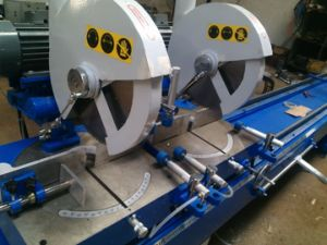 Jinan Sunny Aluminum Double Head Cutting Saw for Aluminum (LJZ2-450X3700) pictures & photos