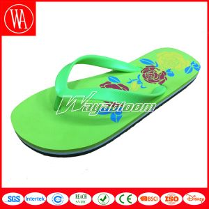 Flat Sandal Fashion Girl Slippers with Printing pictures & photos