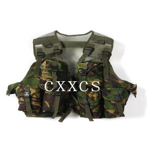 Camouflage Tactical Vest for Army pictures & photos