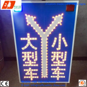 OEM Solar Road Traffic LED Indicate Light Sign pictures & photos