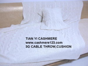 Big Cable Cashmere Throw Cushion Set pictures & photos