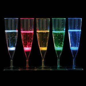 Liquid Activated Lighting Champagne Cup (QSG-026) pictures & photos