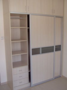 Sliding Door Wardrobe / Closet