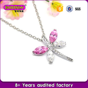 Sparkling Crystal Necklace/Lucky Twinkle Little Star Necklace pictures & photos