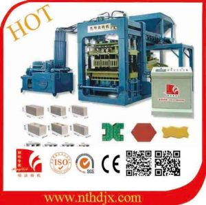 Road Block Making Machine /Concrete Block Making Machine (QT8-15) pictures & photos