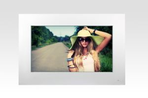 65 Inch Outdoor HD LED Waterproof Display pictures & photos