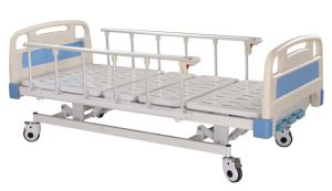 3-Function Electric Hospital Bed pictures & photos