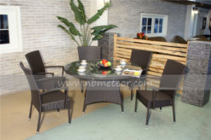 Mtc-027 Patio Rattan Furniture Wicker Table Dining Set pictures & photos