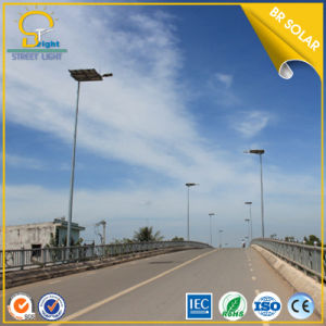 Manufacturer Price 9m 80W Solar LED Light in Street pictures & photos