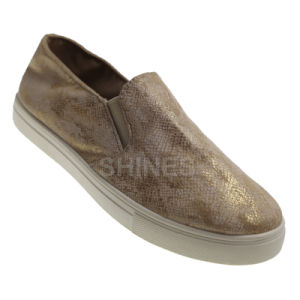 Snake Pattern PU Slip on Injection Shoes for Women pictures & photos