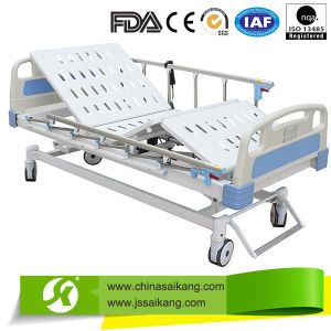 China Supplier Electric Adjustable Hospital Bed with Three Functions pictures & photos