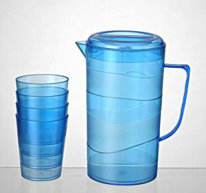 2015 Welcomed Plastic Jugs Wholesale pictures & photos