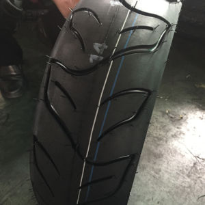 Popular Pattern Scooter Tyre 130/60-13 Tubeless Tyre pictures & photos