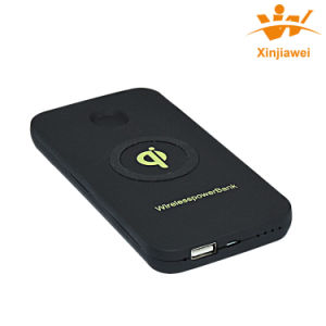 Shenzhen Factory Suppply Best Quality Wireless Charging Power Bank 6000mAh pictures & photos
