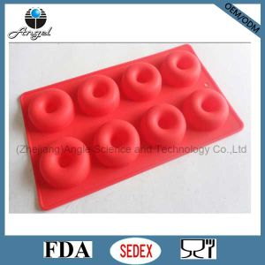 8-Cavity Silicone Muffin Mold Silicone Cake Mold for Baking Sc17 pictures & photos