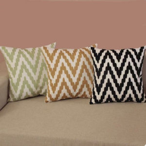 Cotton Wool Embroidery Corrugated Pillow/Cushion pictures & photos