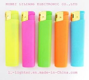 Electronic Plastic Gas Lighter with ISO9994 (p106)