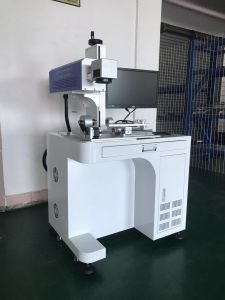 Fiber Laser Marking/Engraving Machine with 20W 50W 100W Ipg Laser pictures & photos