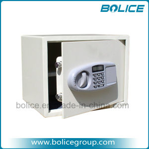 LCD Display Electronic Digital Lock Money Safe pictures & photos