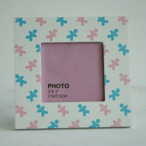 New En71 ASTM Wooden Photo Frame in MDF for Christmas with Snowman Design pictures & photos