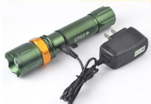 Zoom Rechargeable LED Flashlight Emergency Torch with Life Hammer (1216A) pictures & photos