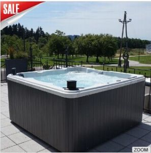 Square Aqua Acrylic Outdoor Jacuzzi with WiFi pictures & photos