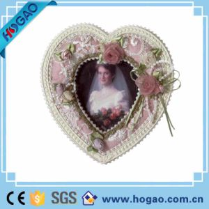 Resin Picture Frame Lovers Photo for Decoration pictures & photos