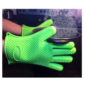 BBQ Grilling Heat Resistant Silicone Oven Glove pictures & photos