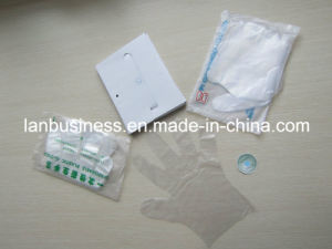 Disposable Plastic Glove CPE Glove (LY-Gloves) pictures & photos