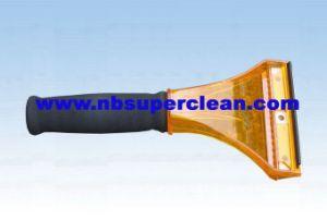 Best Car Ice Scraper, Plastic Ice Scraper (CN2165) pictures & photos
