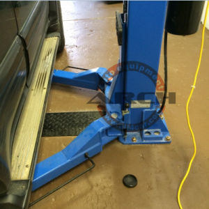Ce Hydraulic Two Post Car Lift Auto Garage Equipment Hoist pictures & photos