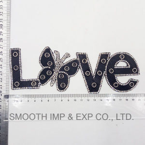 Fashion Letter Embroidery Rhinestone Iron on Patch Bead Applique Clothing pictures & photos