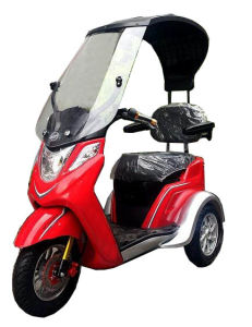 Hot Selling 2016 Ectric Adult Mobility Scooter or Wheelchair with The Windshield pictures & photos