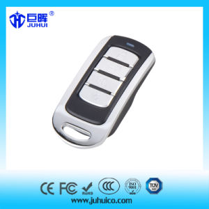 Car Rolling Code RC Transmitter Remote Control pictures & photos