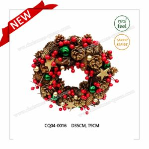 H35cm Pine Cone Christmas Wreath for Christmas and Plastic Home Decoration pictures & photos