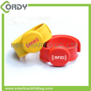 HF 13.56MHz Eco-Friendly Custom Passive RFID Wristband pictures & photos