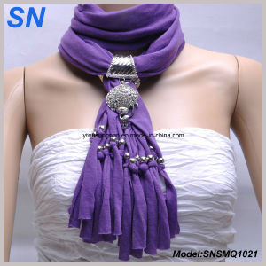 Lady Slide Pendant Jewelry Scarf (SNSMQ1021) pictures & photos