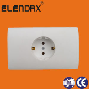 EU Style Wall Earthing Socket (A2010) pictures & photos