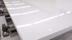Pure White Quartz Countertops Kitchentop for Interior Decoration pictures & photos