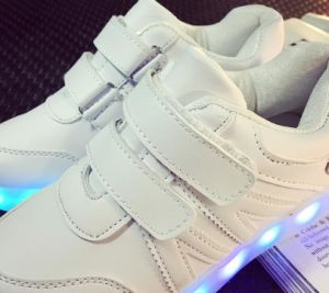 LED Shoes Children Light up Shoes