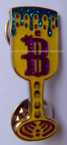 Customized Cup & Gold Plating Pins (Hz 1001 P071) pictures & photos