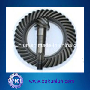 High Quality Truck Parts Axle Crown Wheel Pinion Gear pictures & photos