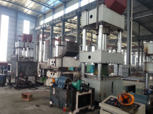 Y32-800t Forming Machine Four Column Hydraulic Press pictures & photos